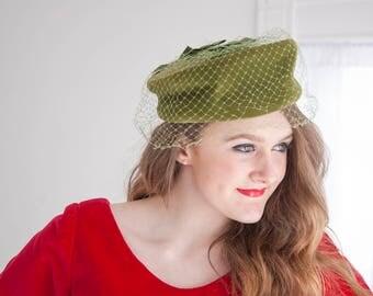 Vintage green velvet hat, avocado pillbox netting veil, bows, formal prom 1950s 1960s
