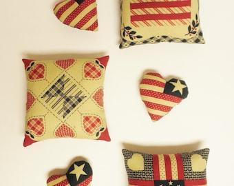 Primitive Americana Bowl Filler Set, Patriotic Mini Pillows, Country Farmhouse Decor