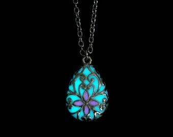 White And Pink Teardrop Necklace Pendant Jewelry Glow In The Dark Antique Silver (glows aqua blue)