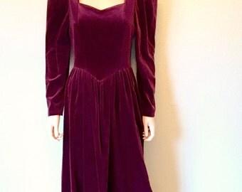 80s Laura Ashley Dress Size Small. Burgundy Velvet Dress. Long Sleeve Modest Dress. Vintage Tea Length Elizabethan Wedding Guest Dress.