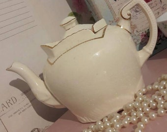 Vintage teapot with  unusual sliding lid, home gift, tea party, collectable gift, cream and gold tea pot, 4 cup teapot.