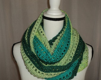 Infinity Scarf in Green