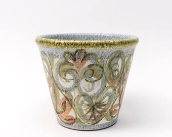 Denby Glynbourne Planter, Hand painted Stoneware, 1960s Leaf Design