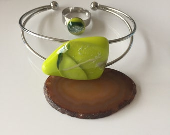 Bracelet and ring-silver-green-lime-gift for the woman-modern ornament-glass-hand made-exclusive Spectrum glass