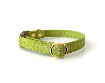 Chartreuse Crosshatch Breakaway Cat Collar