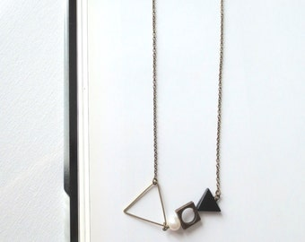 Heike - Modernist Brass Necklace with Sculptural Geometric Elements, Triangles and Freshwater Pearls (Collier Géométrique) by InfinEight