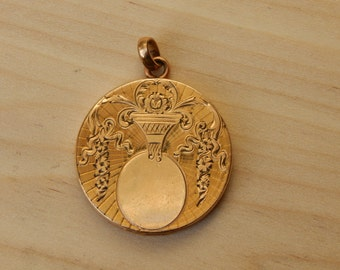 Antique 10K Gold Victorian Locket Etched Floral Design Fob Charm Memento Locket Edwardian Pendant Heirloom Jewelry Old Estate Jewelry