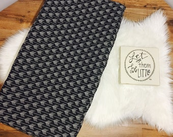 Custom Baby Bedding//Black & a White Arrows //Modern// Changing Pad Cover