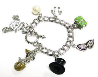 Toggle chain bracelet with splendid charms_ 3 Styles Available