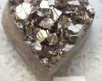 A-1538 Titanium Aura Quartz Crystal Heart 4.2 oz.