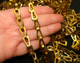 Large brass chain lot-Vintage brass chain bundle-Brass chain link-Basket chains-Industrial brass chain-Machine age chain-Fancy brass chain