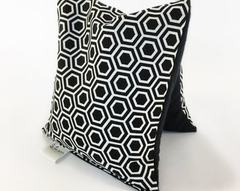 Microwavable Corn Hot Cold Pack, Small, Heating Pad, Black and White Geometric, No Scent