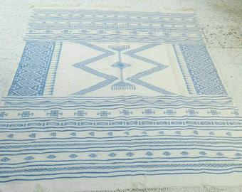 Big White rug, white and blue kilim rug, Margoum kilim, white rug, Kilim rug, Moroccan rug, blue rug, area rug, Moroccan rug, kilim