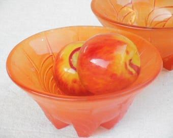 Spray Ware Glass Bowls - Vintage Set of Two in Burnt Orange