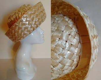 Vintage 60's 70's Natural Beige Gloss Coated Raffia Straw Hat with Complementary Grosgrain Ribbon Trim.