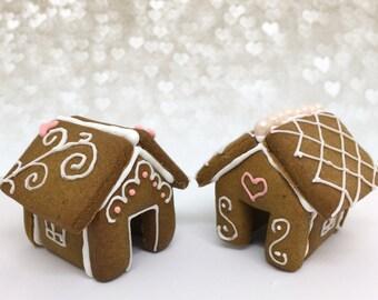 Victorian Valentine - Gingerbread Cookie Mug Topper Set
