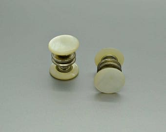 Vintage Mother of Pearl Snap Cuff Links E5051