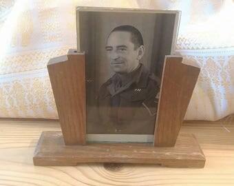 Original untouched english Art Deco oak photo frame and Picture