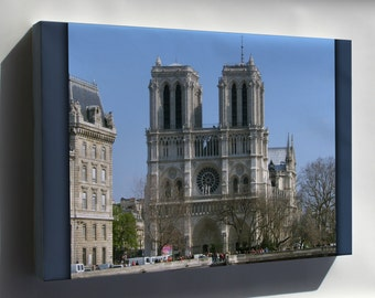 Canvas 16x24; Notre Dame Cathedral