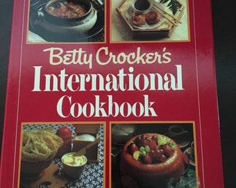 Betty Crocker's International Cookbook First Edition 1980