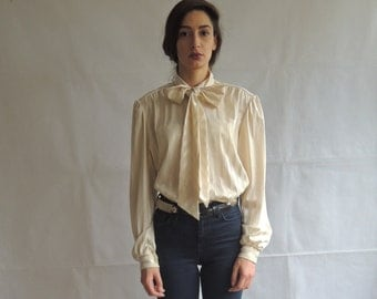 Vintage Off White Long Sleeve Striped Ascot Bow Tie Blouse