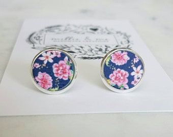 Wooden painted flower stud earrings