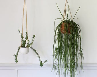 Porcelain hanging planter