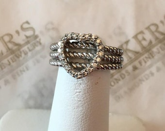 Vintage 14k white gold Open Heart Ring with 20 Diamonds .20 tw GH-SI1,2-I1 with a Triple Rope Shank size 4.75