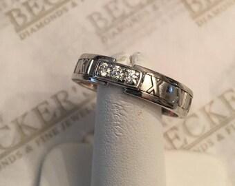 Men's Vintage 18k white gold Tiffany & Co Atlas Roman Numeral Band Ring 3 Diamonds .12 tw H-VS2, 5.6mm wide, *** size 13