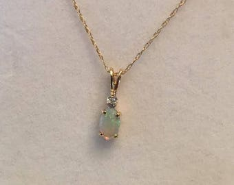 """Vintage 14k yellow gold Oval Opal Cabochon & Round Diamond Pendant on a thin 18"""" Cable Chain, 6x4mm"""