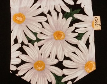 Daisy pocket t-shirt