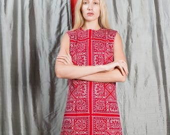 Vintage 60s Preppy Paisley Red + White Dress 1960s Shift Dress Size Small or Medium