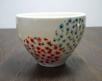 Dainty flower cup