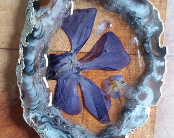 Agate Slice and Dried Blue Flower Pendant