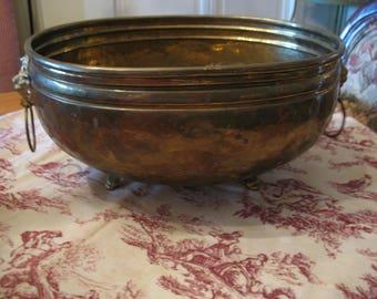 Brass head and lion paw handle copper planter Bowl. Flower pot, flower pot.