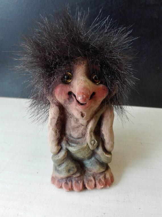 Norwegian troll, nyform, resting