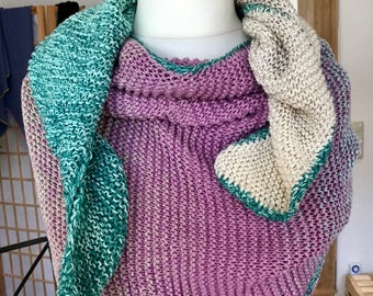 Shawl in the gradient