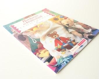 "Vintage Dutch Cross Stitch Book (1994) ""Borduren in kruissteek teddyberen"" (Embroidery in cross stitch teddy bears) by Julie Hasler"