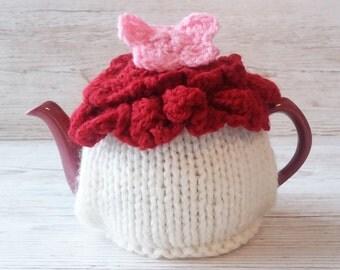 Knitted Tea Cosy, Cream Tea Cosy, Modern Cosy, Flower Cosy, Hand Knitted Cosy, Knitted Tea Cozies, Kitchen Accessory, Kitchen Gift idea