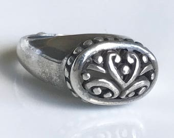 Sterling Silver Vintage Ring,925 Vintage Ring,Size 6 Ring,Scroll Work Ring