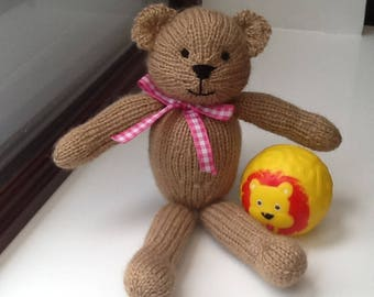Bear, Teddy bear, knitted bear, Photography prop, brown bear, baby shower gift, baby gift.
