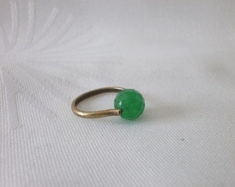 Bronze ring with green agate