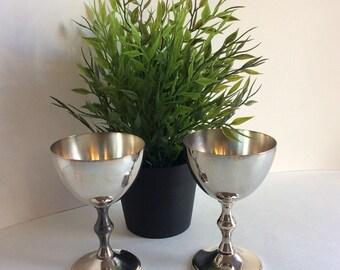 Pair of Vintage Viking plate silver wine goblets. Silver plated wine goblets. Silver wine goblets. Wedding wine goblets.