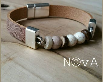 Leather Bracelet with natural beads