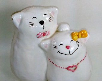 Bitsy And Beau Handpainted Male and Female Glazed Ceramic Cat Bank/Made In Japan