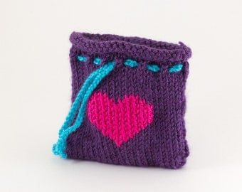 Purple Knit Gift Bag With Pink Heart