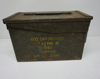 Vintage Military Ammo Can, Army Bullet Box, 600 Cartridges, 7.62 MM, M82, Metal Ammunition Storage Container, Vietnam War, Korean War