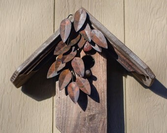 Weathered Leaves Birdhouse
