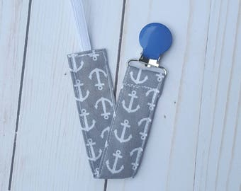 Grey anchors pacifier clip- nautical baby, nuk soothie gumdrop, universal paci holder, binky, baby accessories, gender neutral gift, B3G1