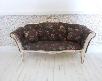 doll house furniture, miniature furniture, 12th scale furniture, doll house sofa, miniature sofa